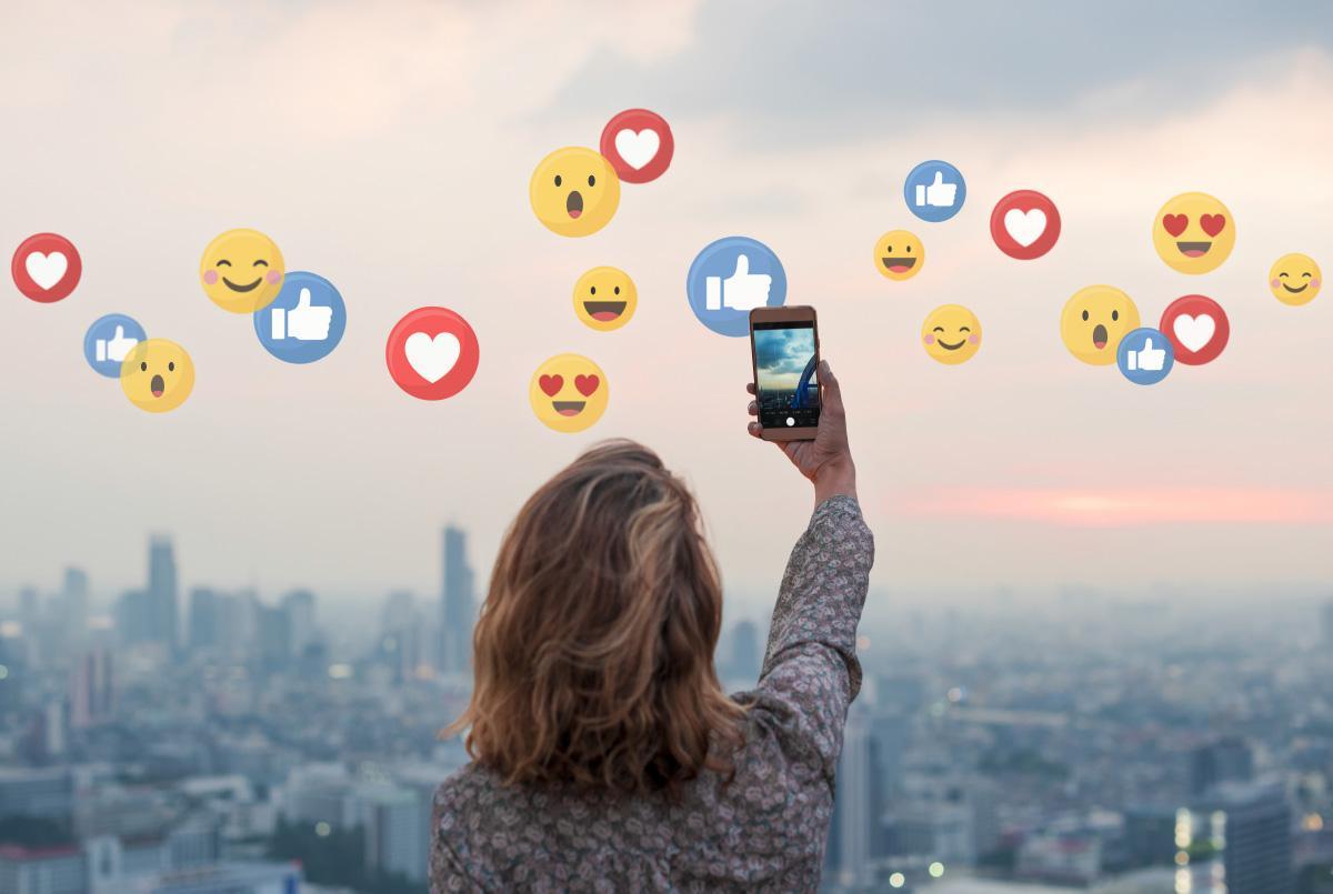 Redes sociales, social media, influencers, finanzas, cultura financiera, jóvenes, finfluencers, educación, educación financiera, dinero, inversión,